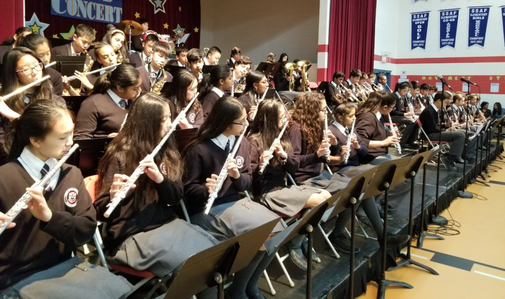 Grade 8 band perform at Music Night.